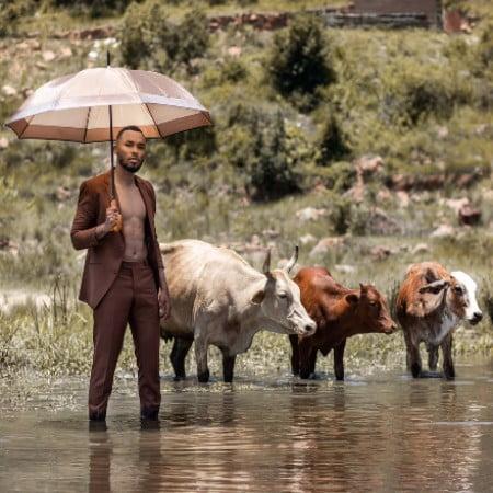 Zulu Mkhathini – Spirit Of Ubuntu Album Artwork