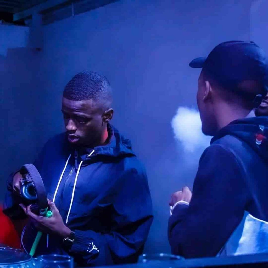 Nkulee 501 & Skroef 28 – Shenta ft. Young Stunna Song MP3